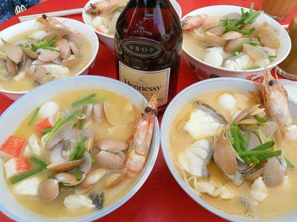 甲洞美食】Hennessy XO酒香海鲜米粉,好吃到没话说! | 88razzi